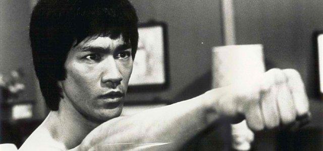 Bruce-Lee-bruce-lee-26725305-1490-1037