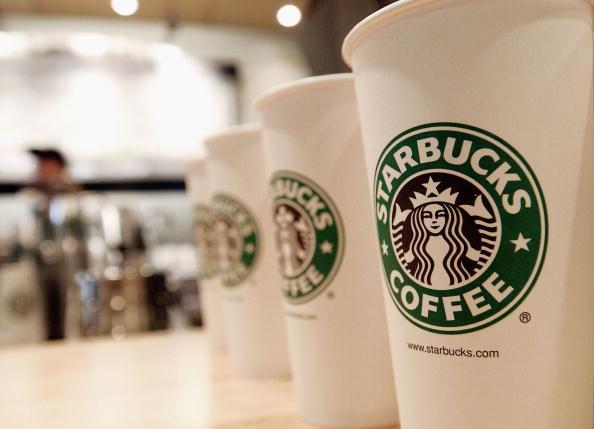Starbucks free holiday drinks