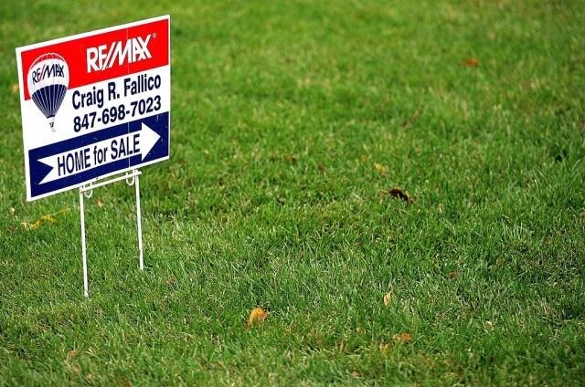 real estate bidding war