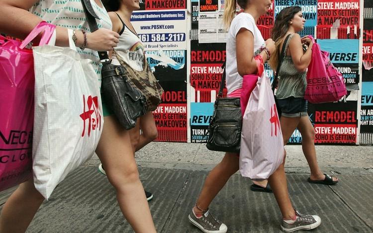 Baisse des ventes au détail aux États-Unis pour le troisième mois consécutif