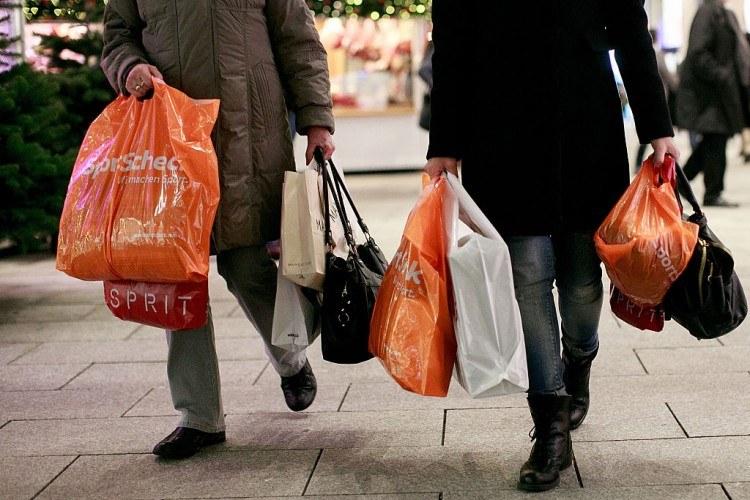 Les détaillants espèrent une bonne saison de magasinage de Noël