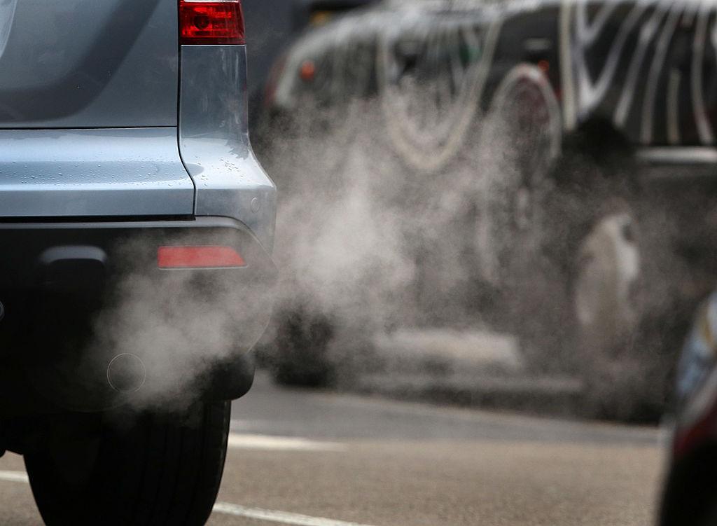 car pollution the air